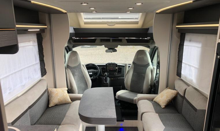 Challenger 380 Graphite Premium 2021